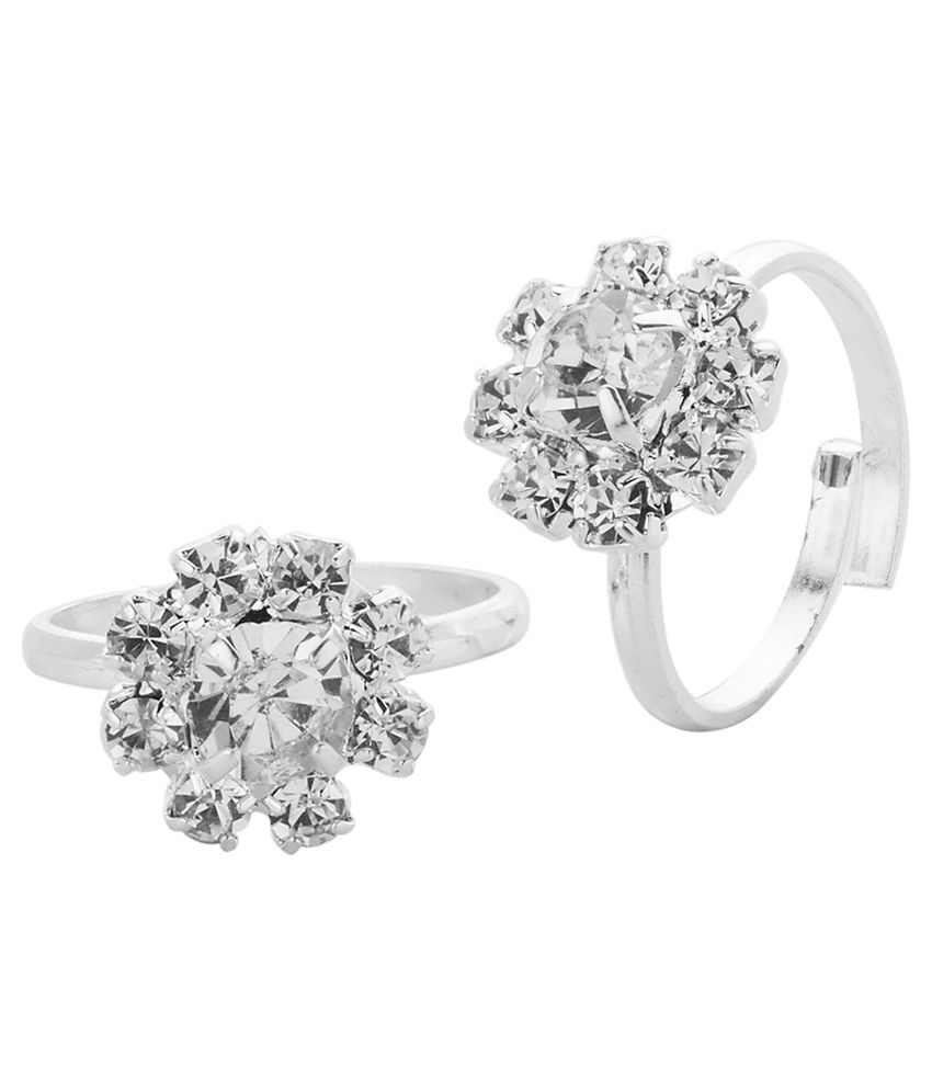 Voylla Silver Plated Toe Rings With Sparkling Cz Encrusted Floral Theme