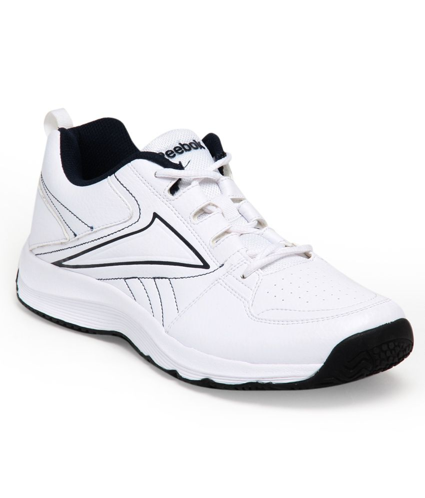 a3e694567df543 Reebok m43248 Stylish White And Navy Blue Sports Shoes- Price in India