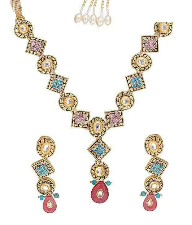Kriaa Abstract Design Necklace Set
