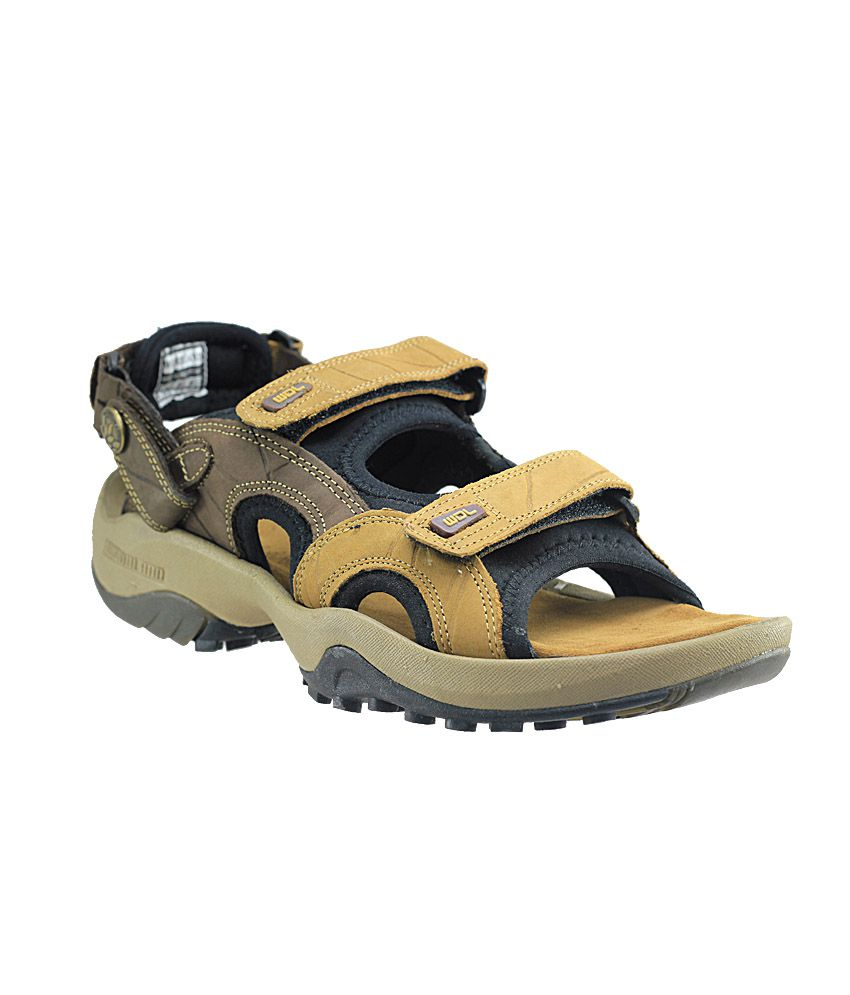 Woodland Brown Floater Sandals Art NGD1033111CAM