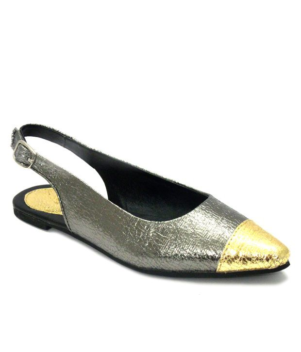 Olive Black Flat Sandals
