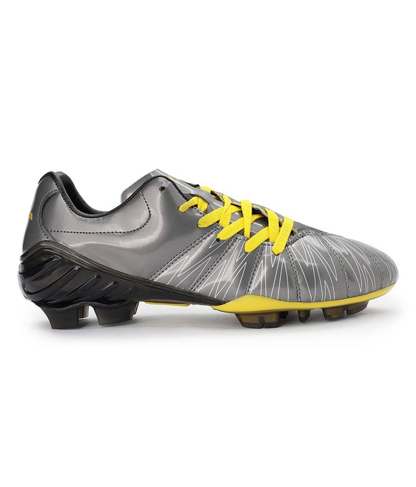 614b58641 Nivia Cannon Football Studs: Buy Online at Best Price on Snapdeal