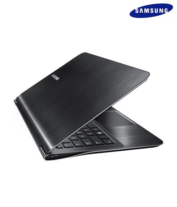 Samsung NP900X3A-A04IN Netbook (Black)
