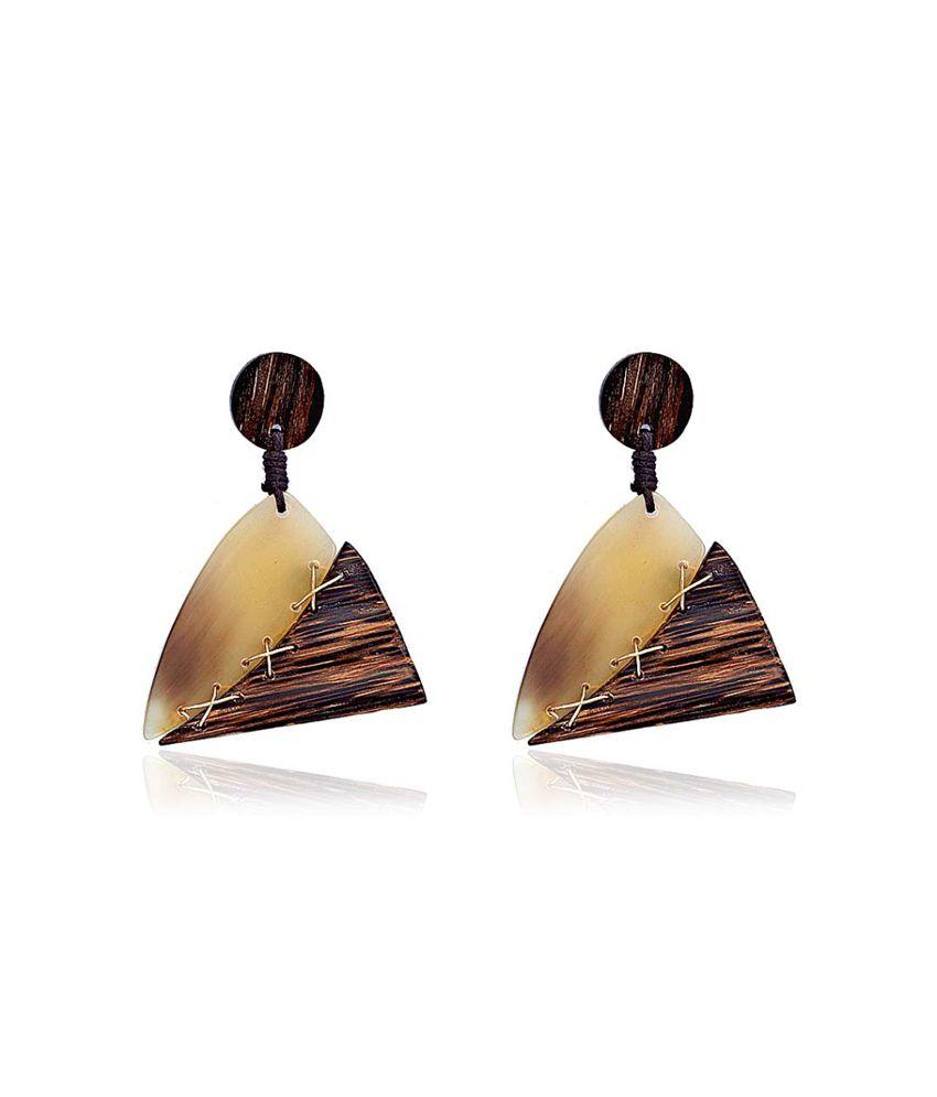 Circuzz Bold Triangular Earrings