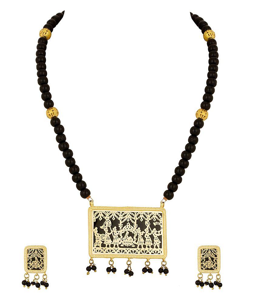 Voylla Thewa Set with Black Beads, Doli Procession Depicting Design