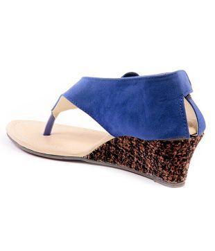 4b4e46a6371 Ten Dutch Heel Black Wedge Sandals Price in India- Buy Ten Dutch ...