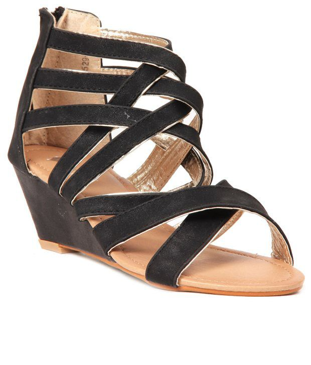 Lovely Chick Black Wedges Sandals