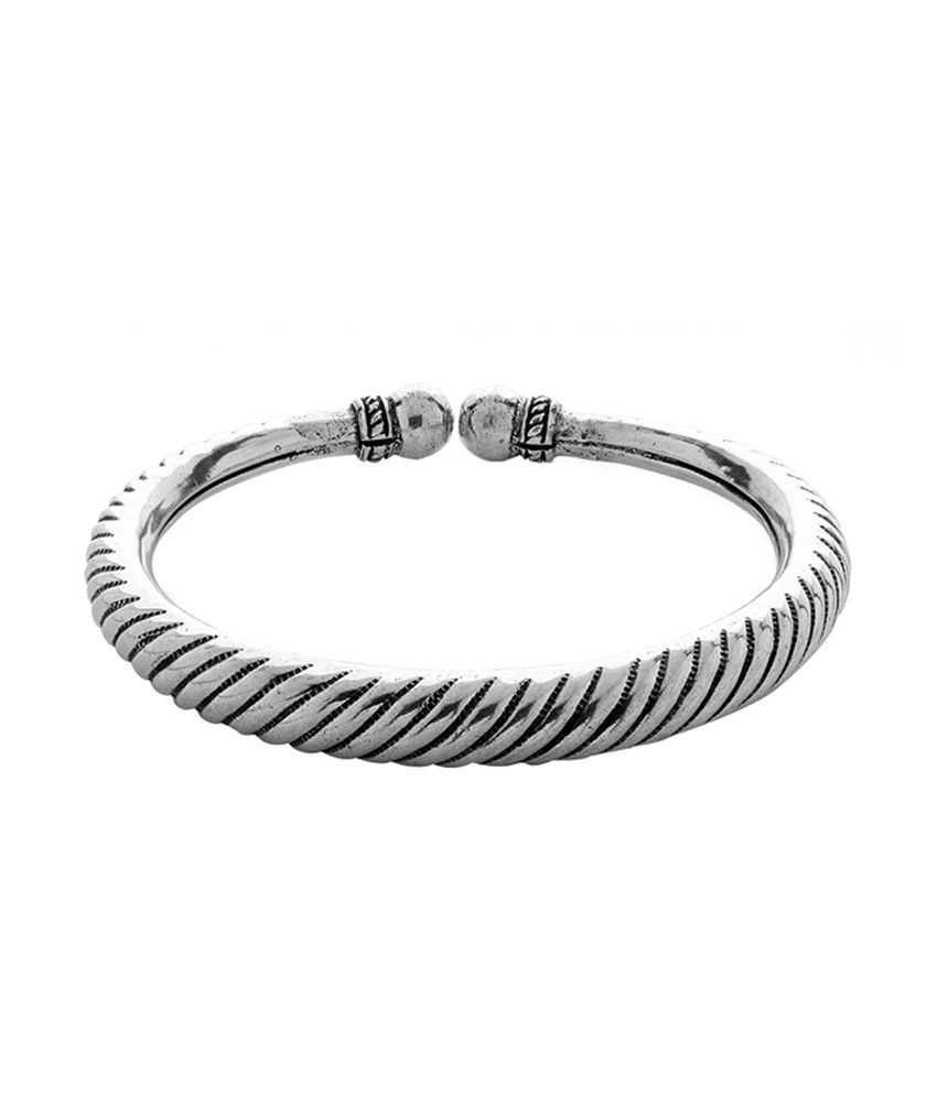 Voylla Oxidised Hasli Anklet With Ribbed Design
