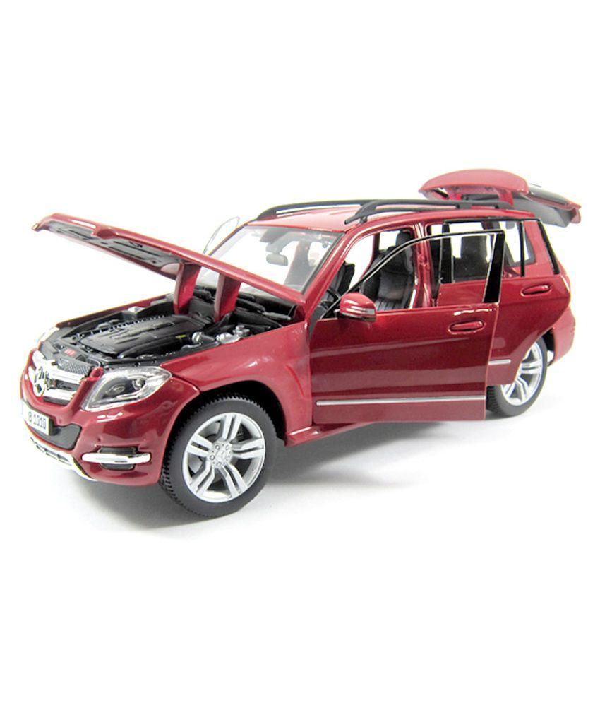 Maisto mercedes benz glk class 1 18 diecast car scale for Mercedes benz scale model cars