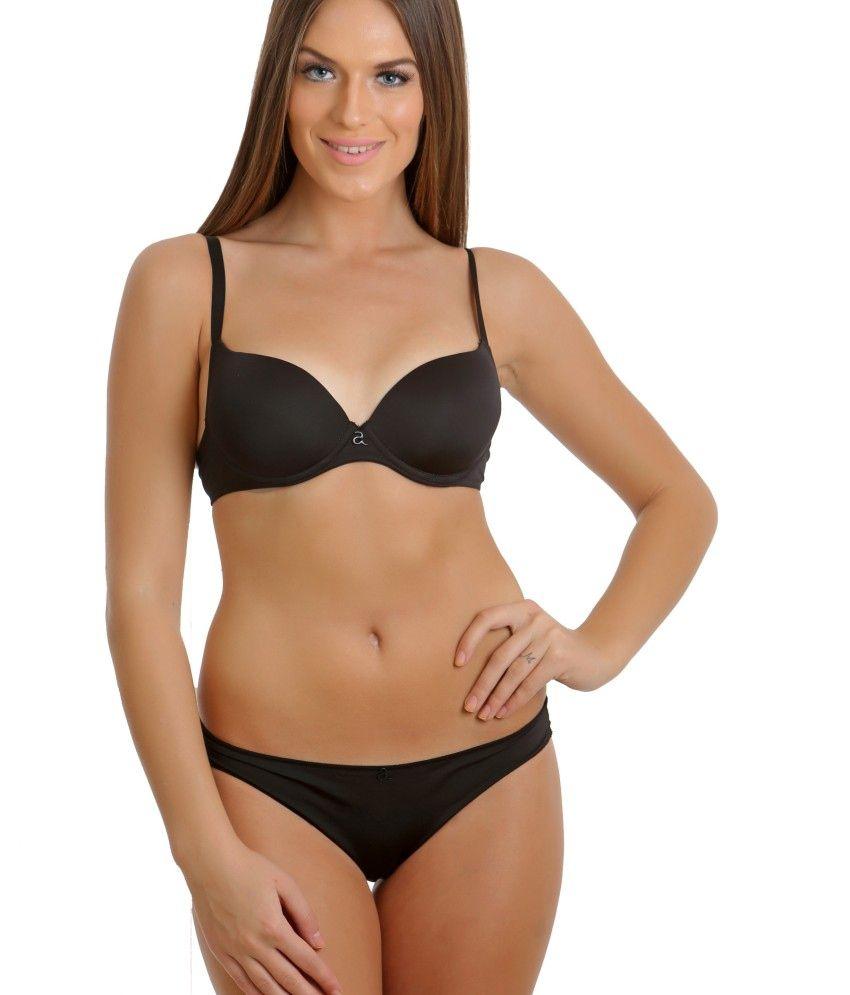 Buy Clovia Black Padded Bra & Panty Sets Online at Best Prices in ...