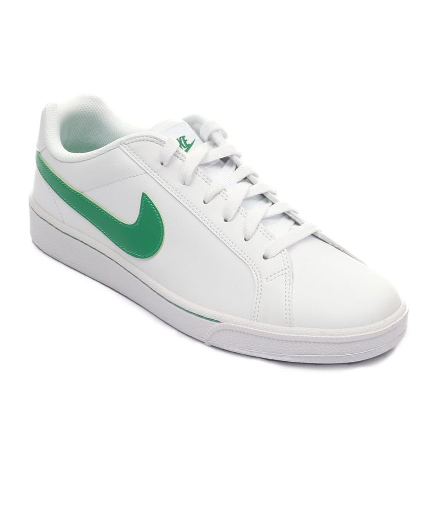 bf6bea36fc89 Nike White Sneaker Shoes - Buy Nike White Sneaker Shoes Online at Best  Prices in India on Snapdeal