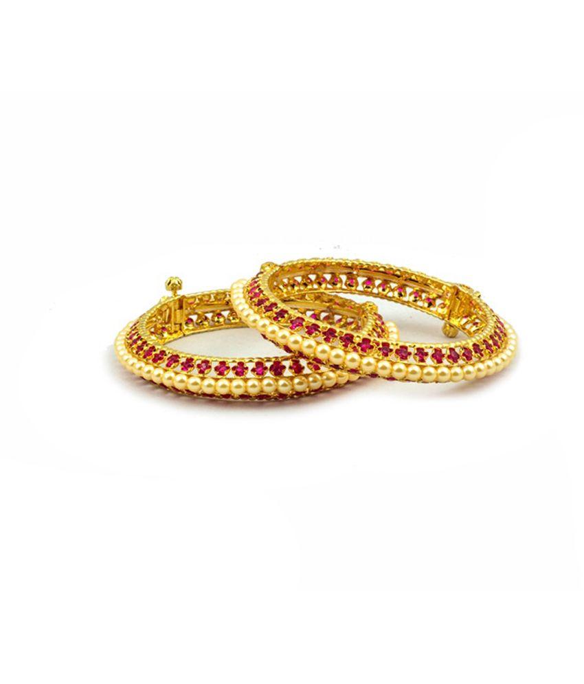 Mangal Athavale Beautiful Red Stone Pearl Kangan Bangles