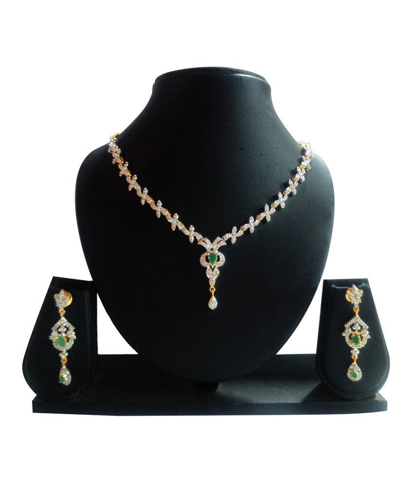 1d951243cf918 Khazana Bazaar Green Traditional American Diamond Wedding ...