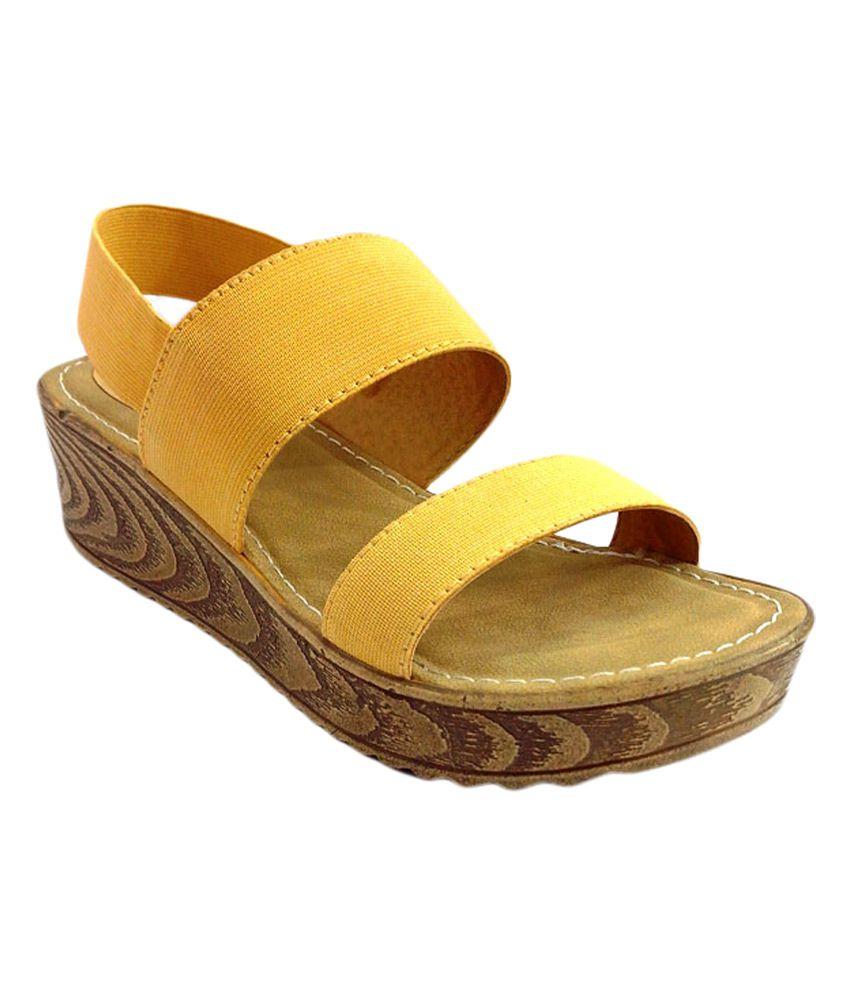 Diva Platform Beige Pu Sole Sandals