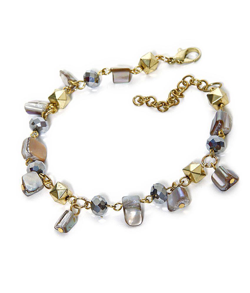 Zurii Shell bead Traditional Anklet