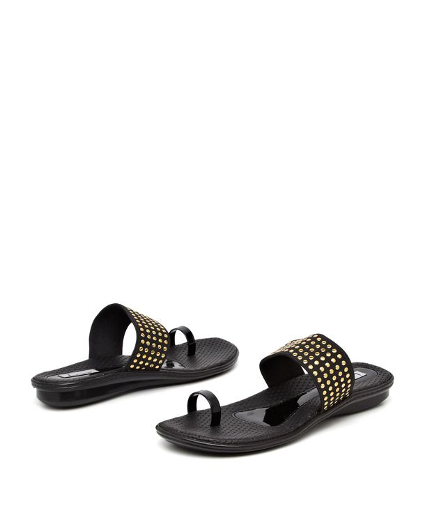 Lamere Black Metal Studded Toe-Ring Flats