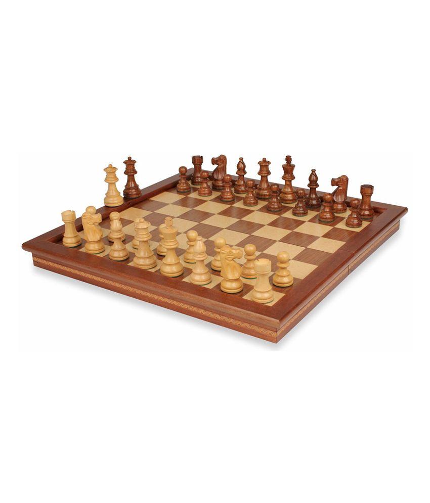 Tetronix India Sheesham Wood Magentic Centre Folding Chess Set - 10 Inch