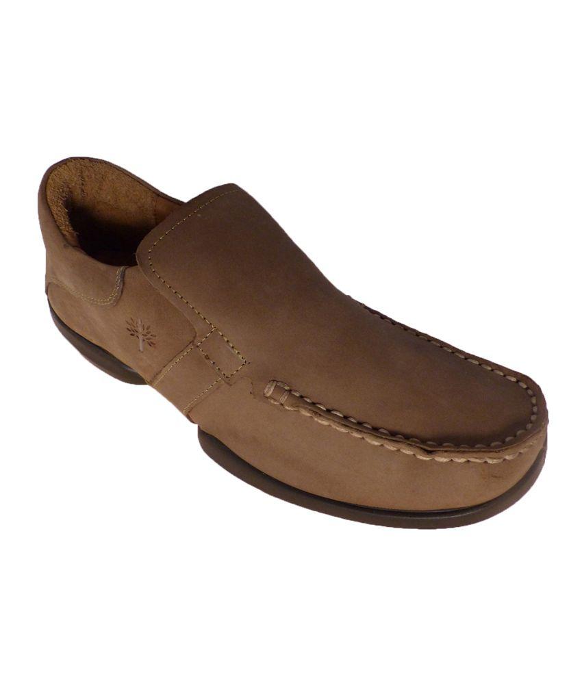 dbd18dcb92 Woodland Gc1040111-khaki Casual Shoes For Men Size :(10 Uk & 44 Euro) - Buy  Woodland Gc1040111-khaki Casual Shoes For Men Size :(10 Uk & 44 Euro)  Online at ...