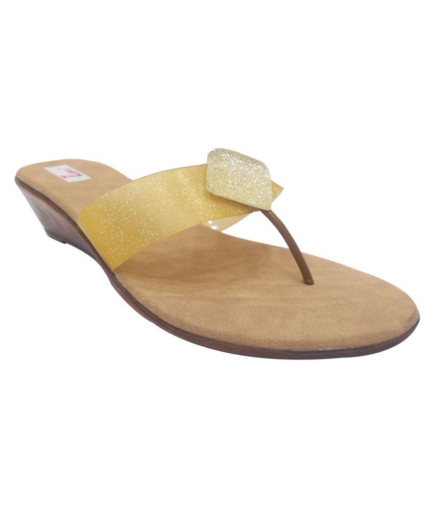Zedds Gold Shimmer V-strap Low Heel Sandal