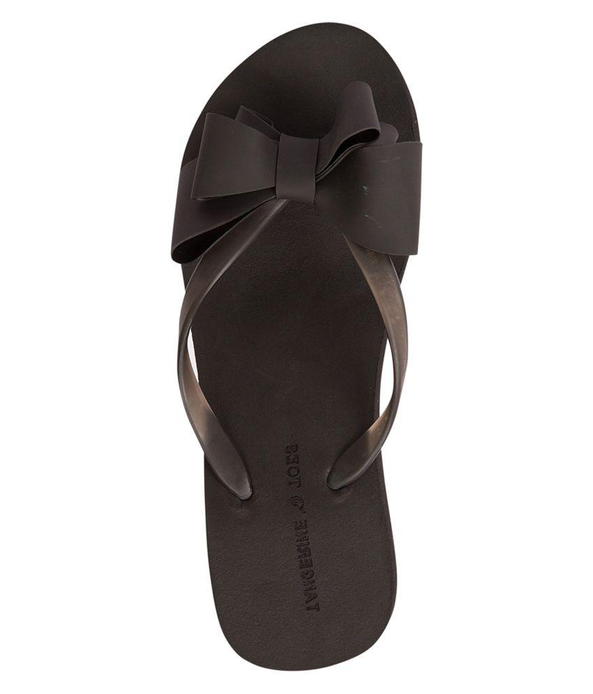b1f2f9edb5b518 Tangerine Toes Black Flat Slip-on   Sandal Price in India- Buy ...