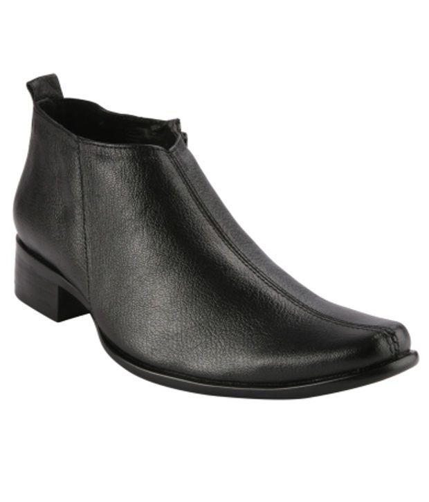 Ishoes Black Formal Shoes
