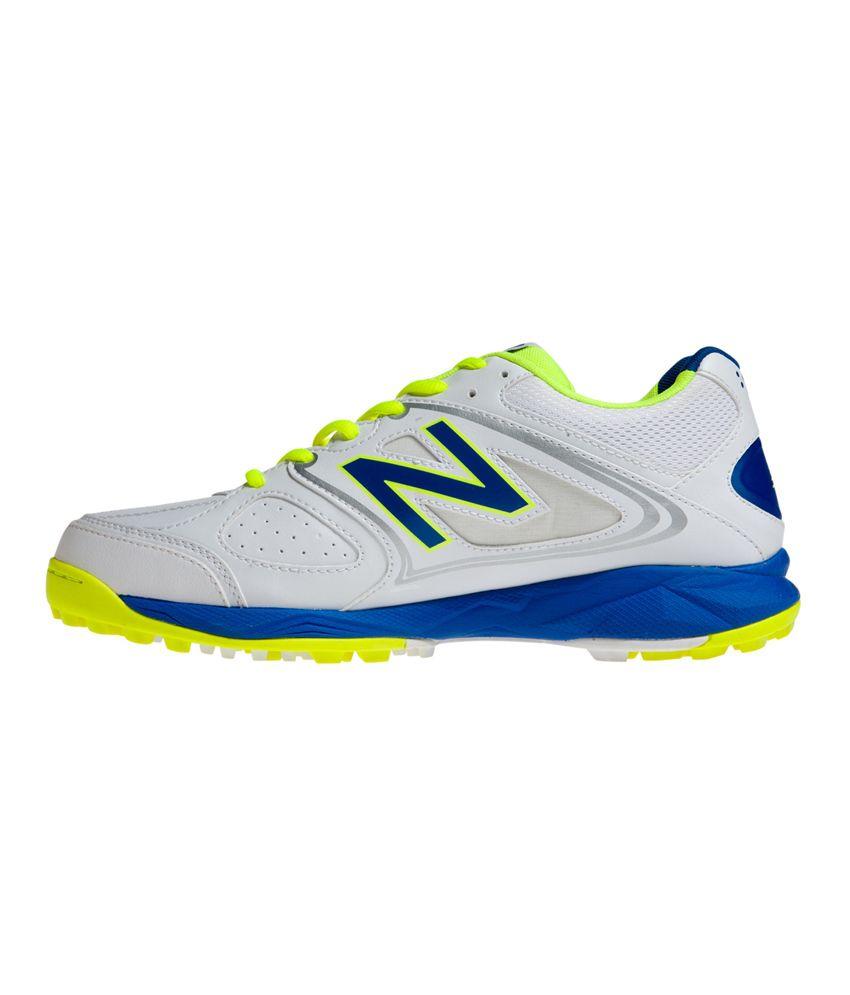 new balance cricket shoes online india