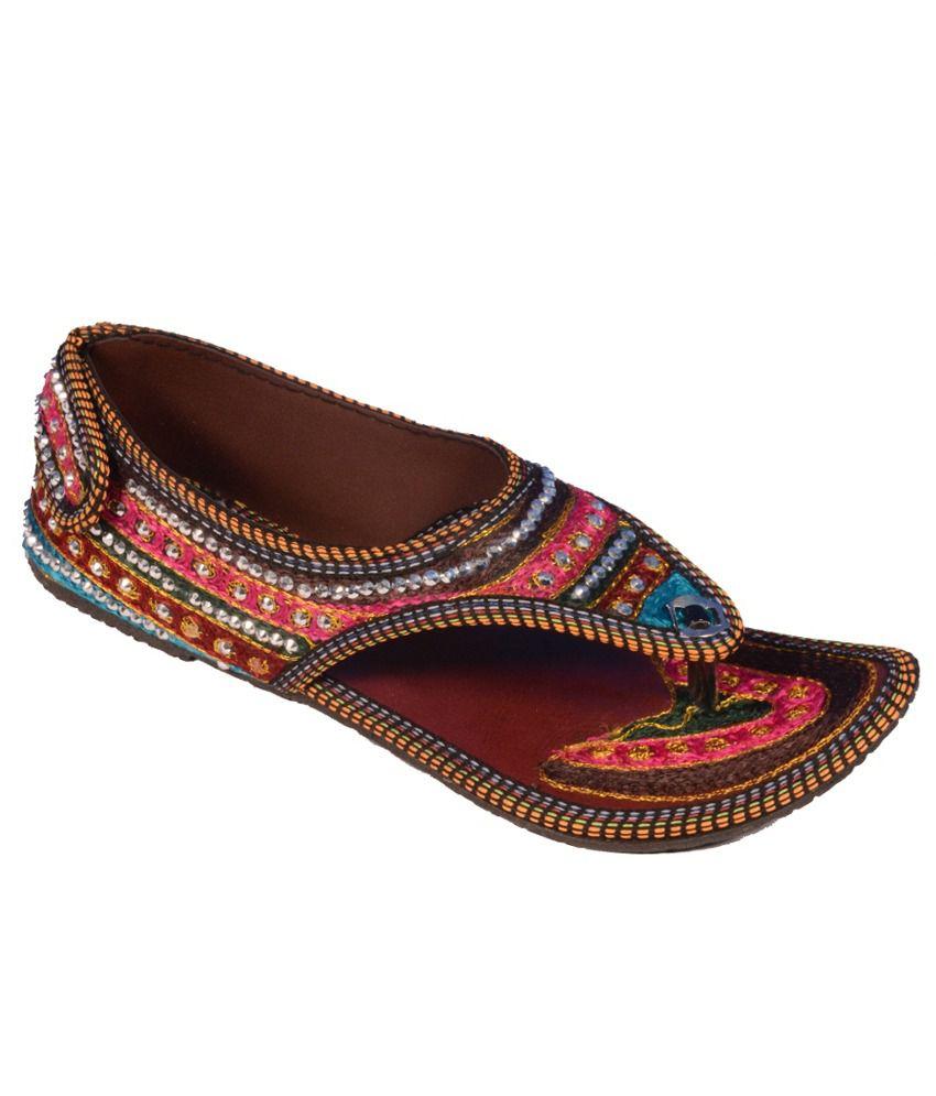 Footwear Multicolour Flat Daily Wear Ethnic Sandle