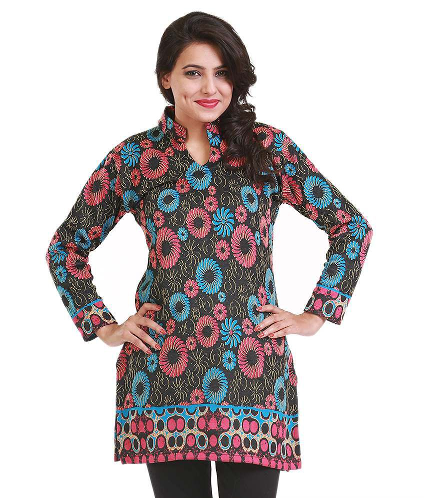 Life N You Black Floral Printed Woolen Kurti