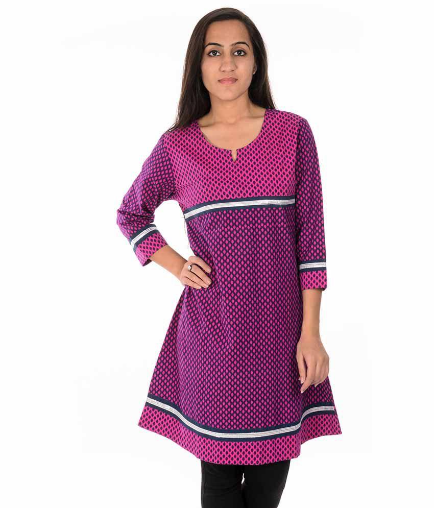 Dorabella Purple Cotton Printed Round Neck Kurti