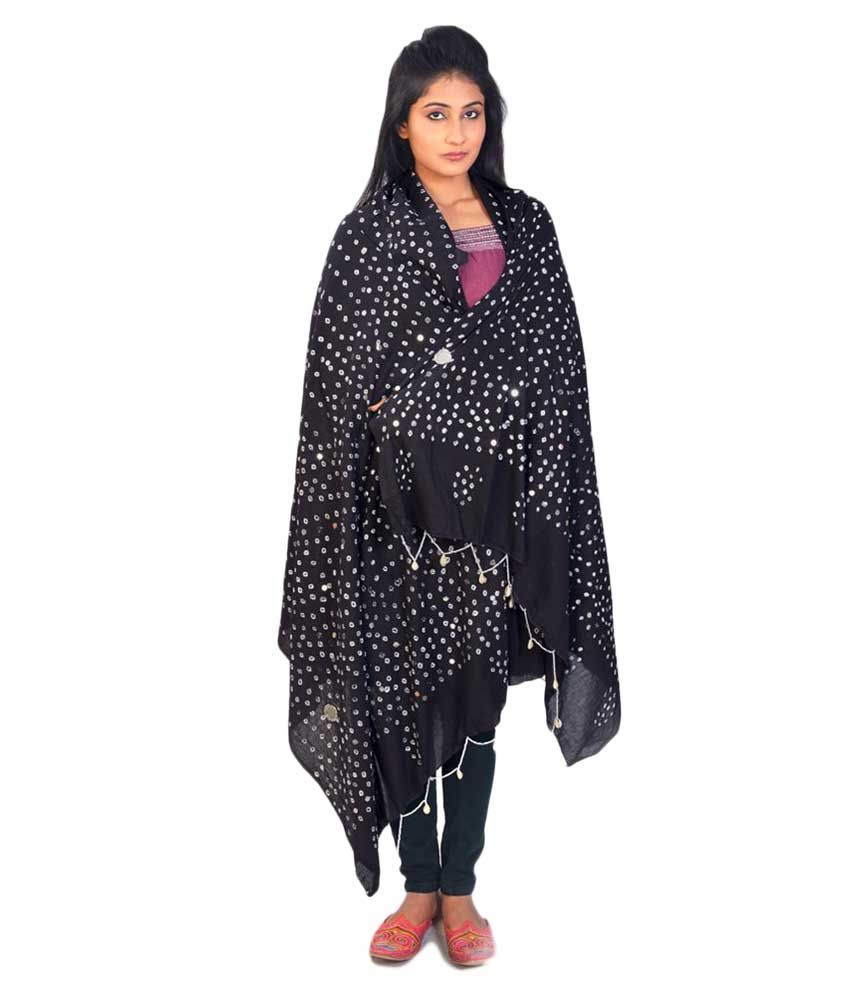 a24d9b5a Little India Designer Mirror Work Black Cotton Bandhej Dupatta Price in  India - Buy Little India Designer Mirror Work Black Cotton Bandhej Dupatta  Online at ...