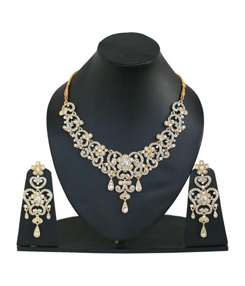 Touchstone Trendy Necklace Set