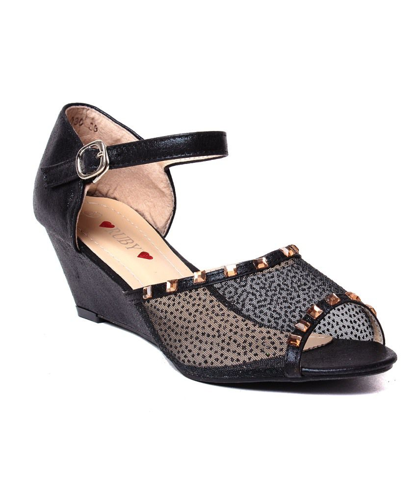 Ruby Black Wedges Sandals