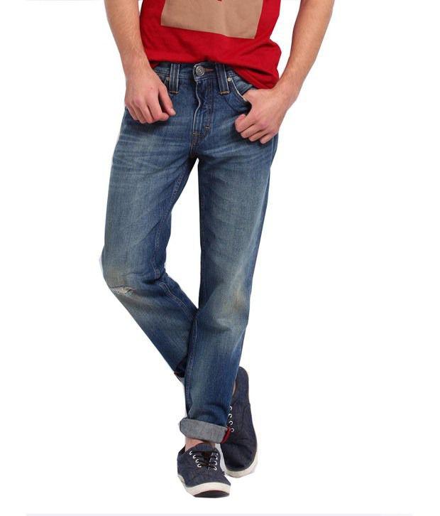Levis Slim Fit Jeans