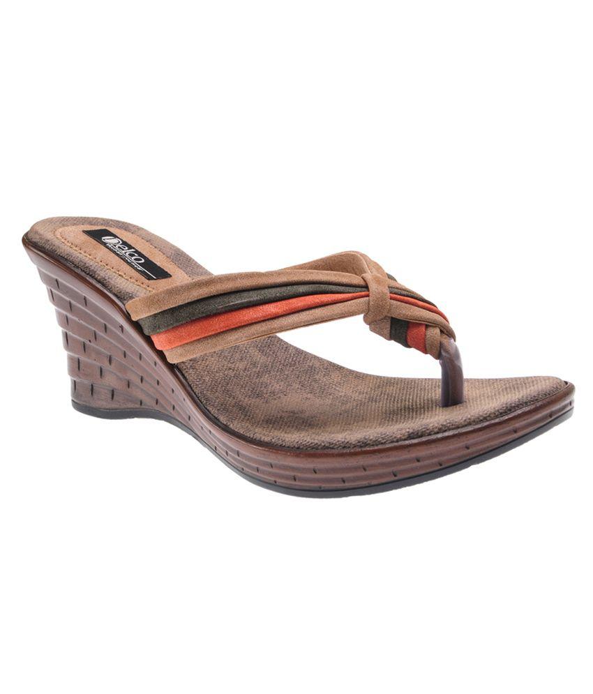 Delco Beige Wedges Sandals