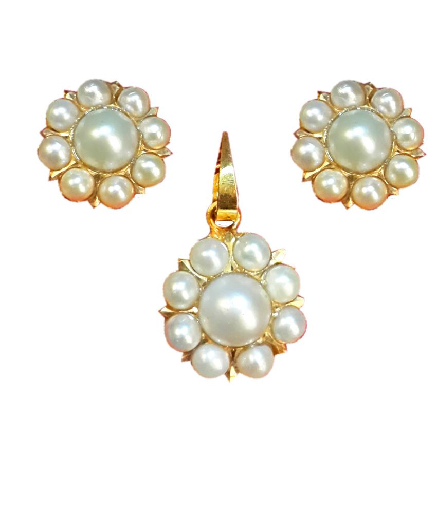Standard Jeweller Floral  22ct Gold Pearl Pendant Set with Purse
