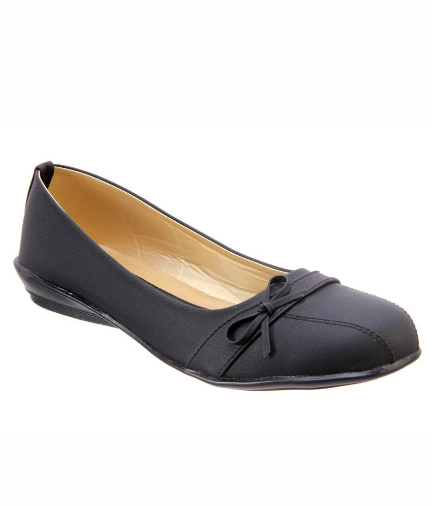 Titas Womens Black Casual Shoes