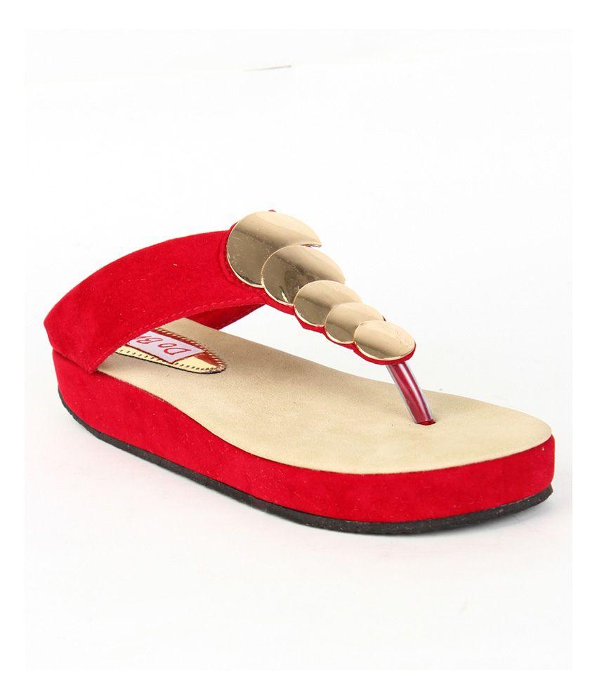 Do Bhai Red V Strap Patent Flat Sandals