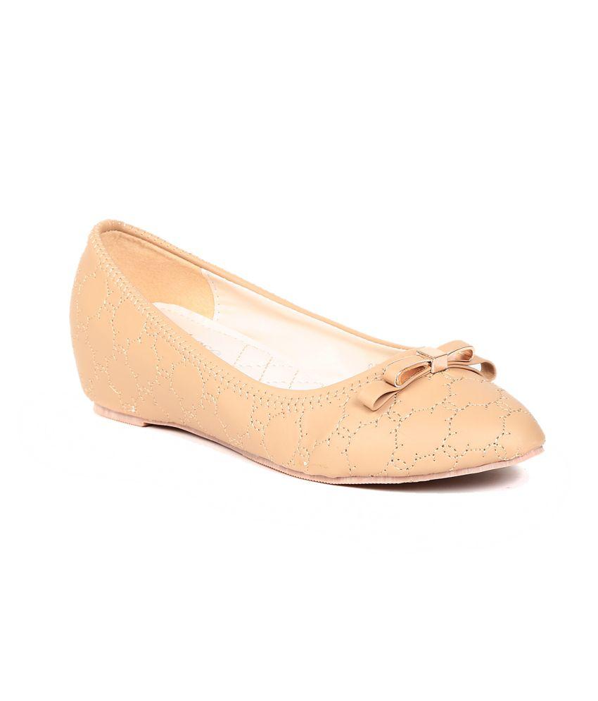 Footloose Footloose Beige Flat Casual Ballerinas (Beige\/Sand\/Tan)