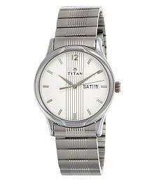 Titan NH1580SM03 Men's Watch