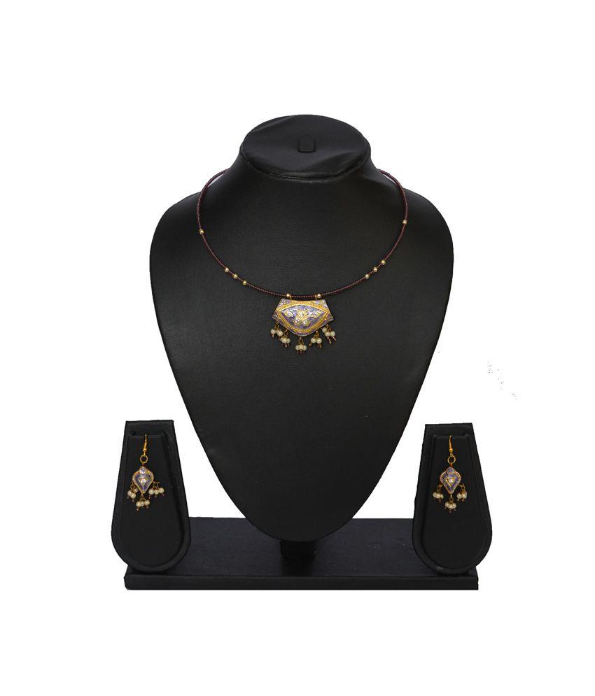 Retronirvana Round Lac Attractive Designer Jewellery Set