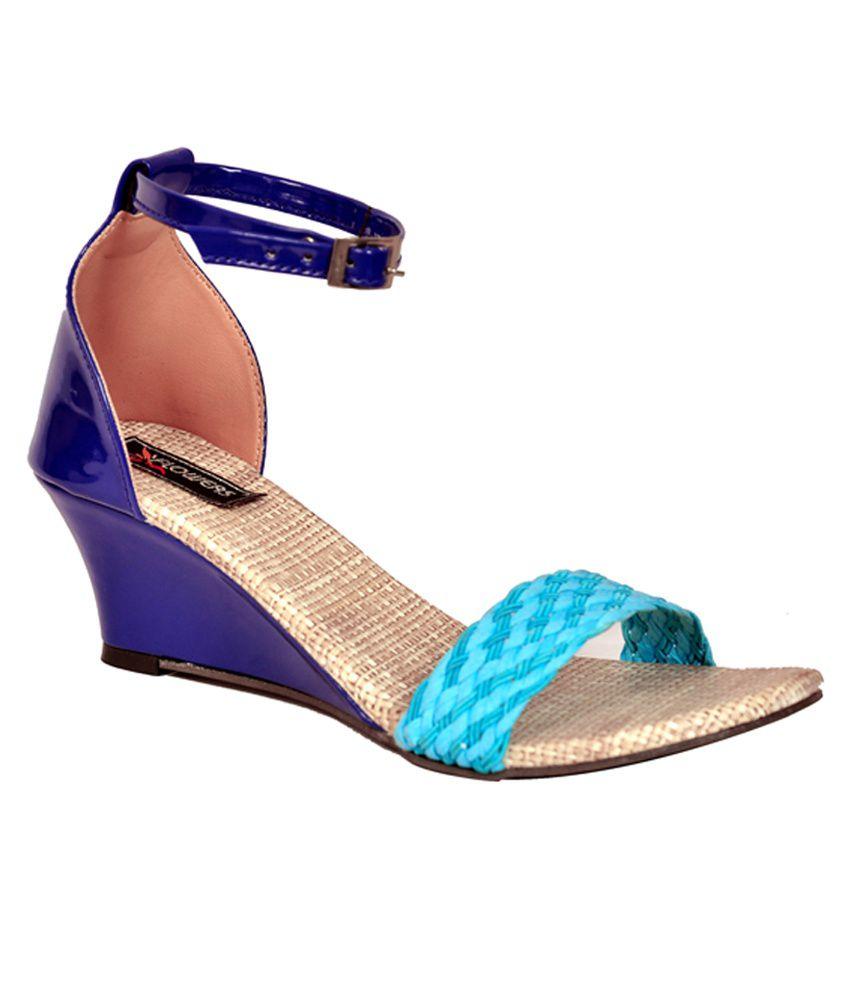 Flowers Blue Wedge Heel Sandal
