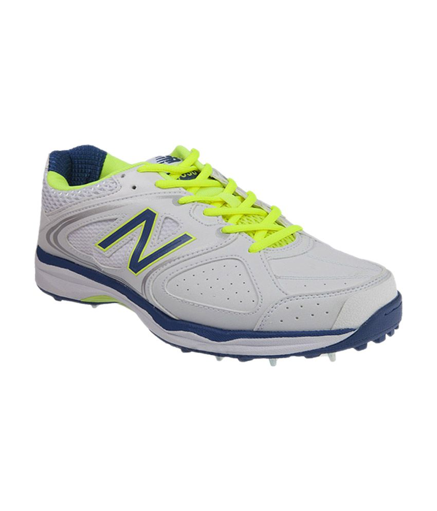 chaussures de séparation 80598 54ae8 New Balance Cricket Spikes - White, Blue, Fluo Yellow
