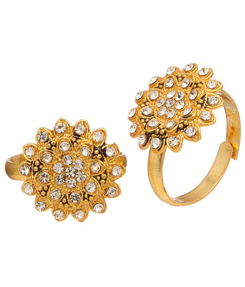 Voylla Remarkable Gold Plated Toe Rings