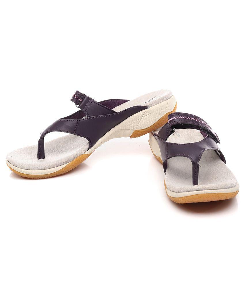 clarks isna slide sandals