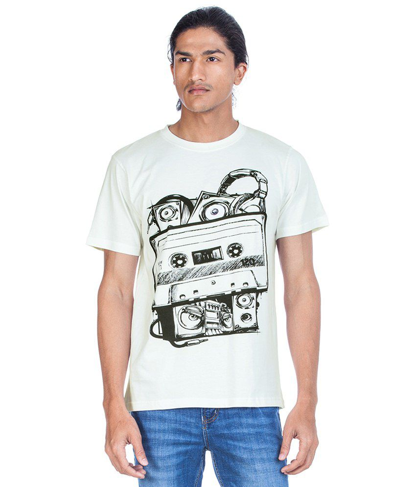Zovi Face Off White Graphic T Shirt