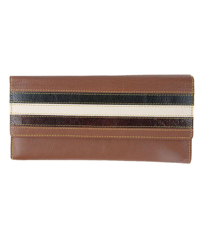 Trendz Beige Leather Fashionable Women Wallet