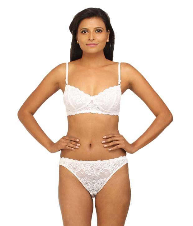4d58b0c3db Desiharem Glamour Bra Set Price in India