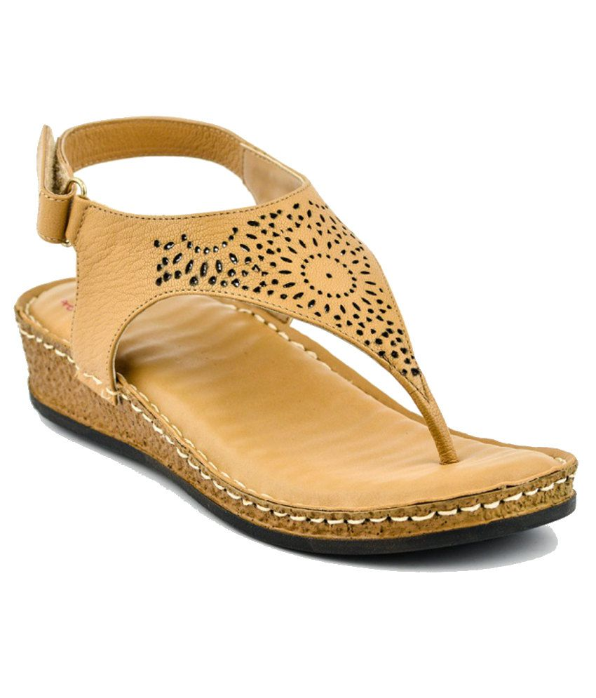Lee Cooper Striking Tan Flat Sandals