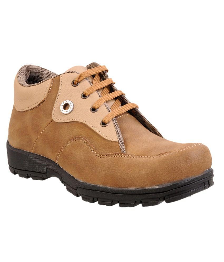 Versoba Fashionable Brown Mantastical Bravo Casual Boots
