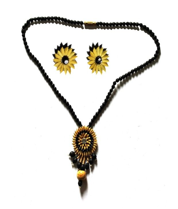 Bengal Krafts Geometrics Black Traditional Wooden Necklace Set